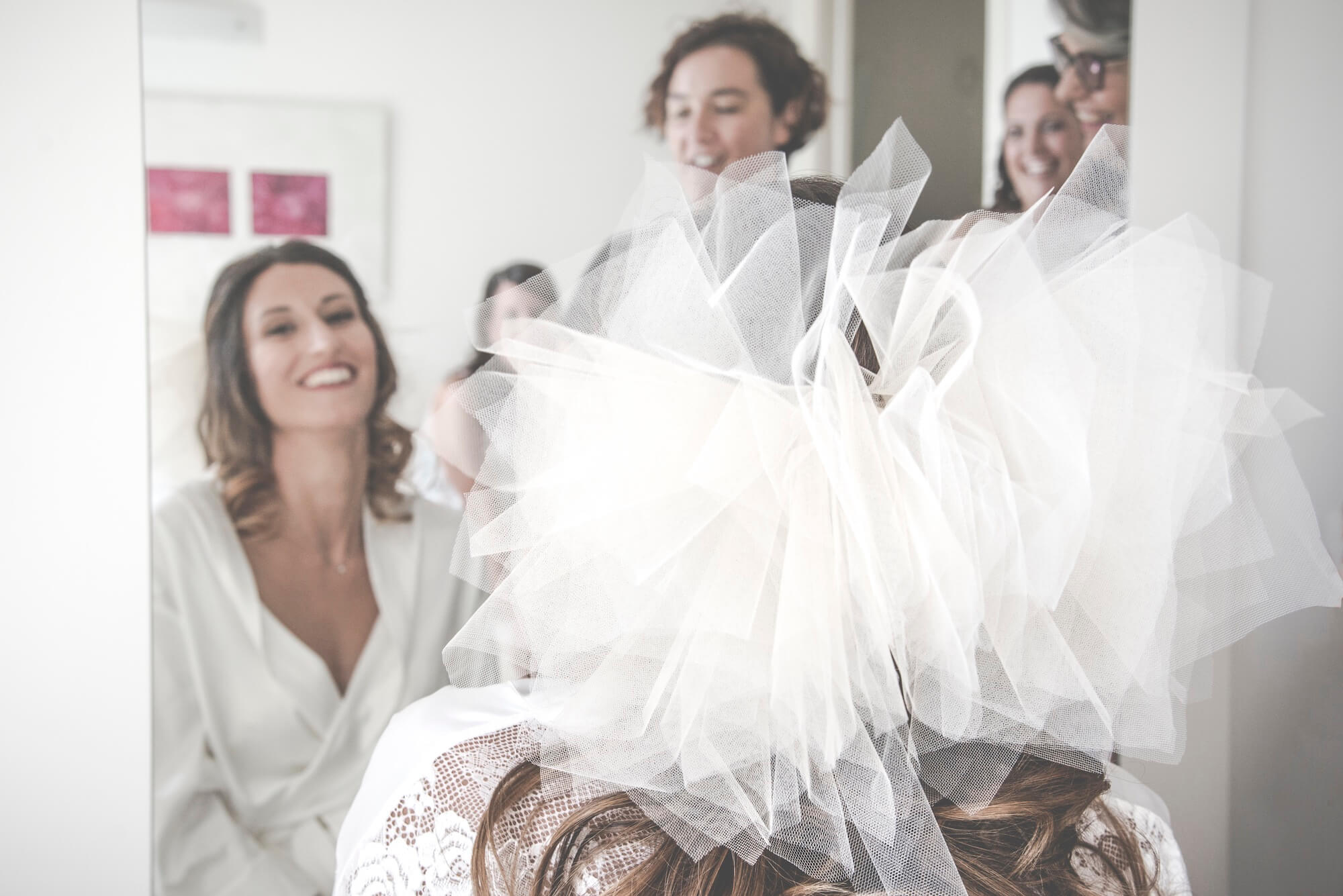 Trucco e Acconciatura per la sposa. Giulia Alessandri Wedding Planner: progettazione e coordinazione matrimoni in Toscana.