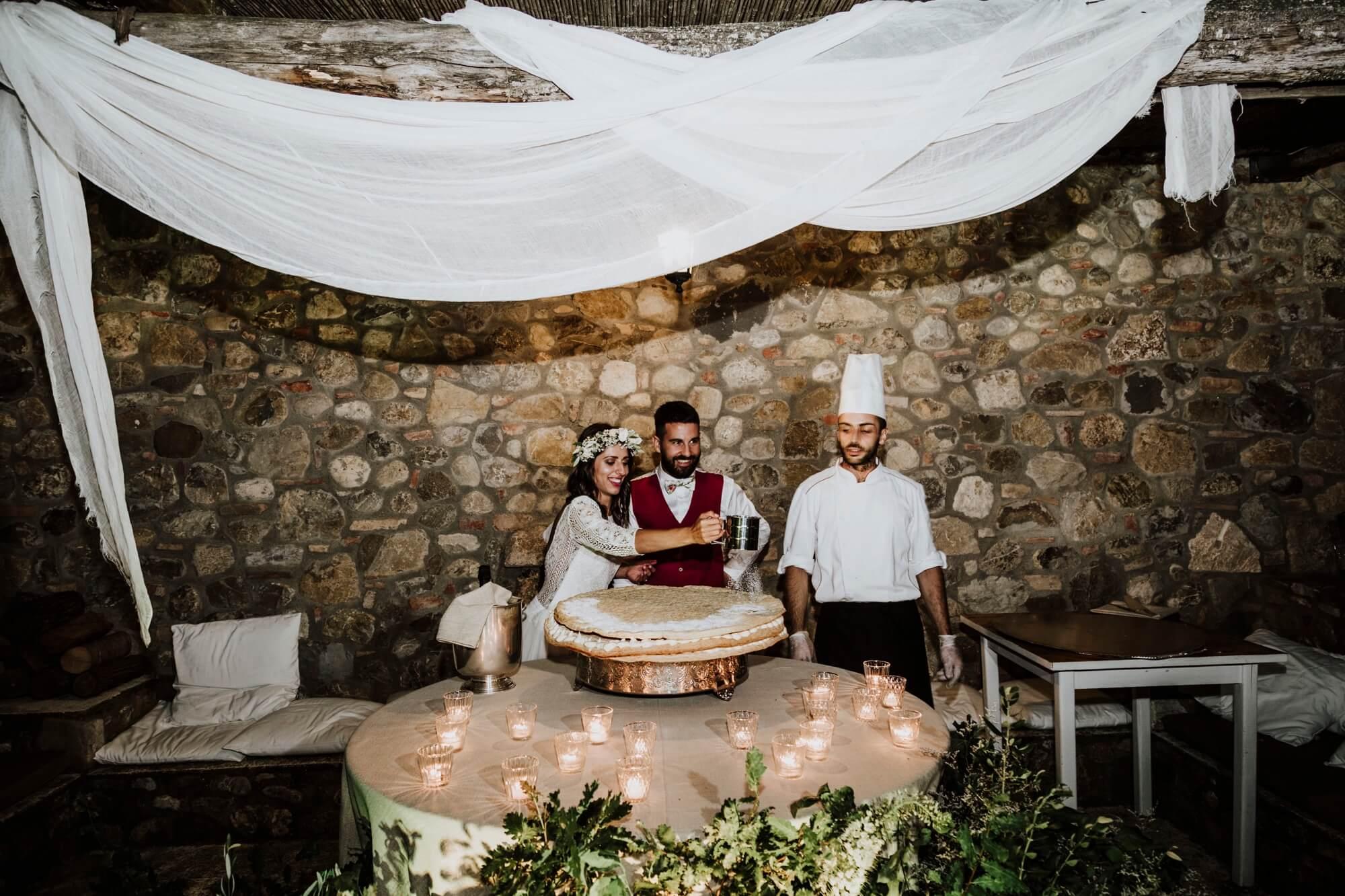 Servizio di cake design per la torta nuziale di matrimonio in Toscana, Firenze, Pisa, iena, Chianti, Lucca. Giulia Alessandri Wedding Planner: progettazione e coordinazione matrimoni in Toscana.