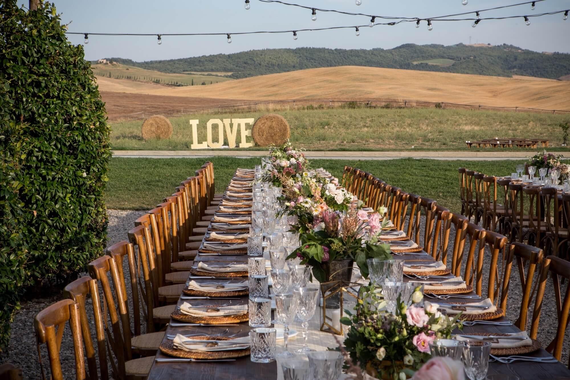 Wedding Planner per Matrimonio in Val d'Orcia. Giulia Alessandri, Wedding Planner: progettazione e coordinazione matrimoni in Toscana.