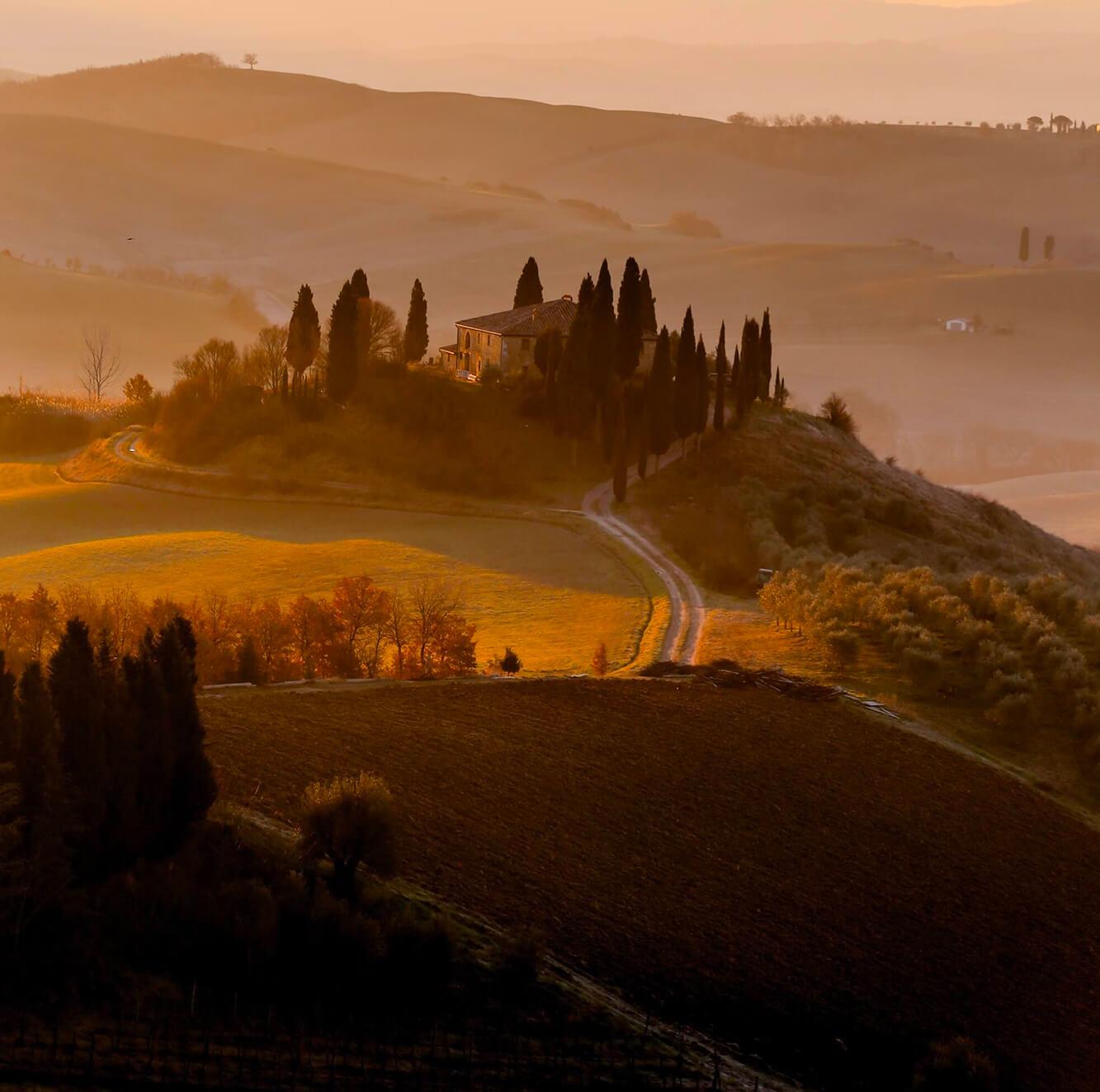 Le più suggestive ville e castelli per Matrimonio in Val d'Orcia. Giulia Alessandri, Wedding Planner: progettazione e coordinazione matrimoni in Toscana.